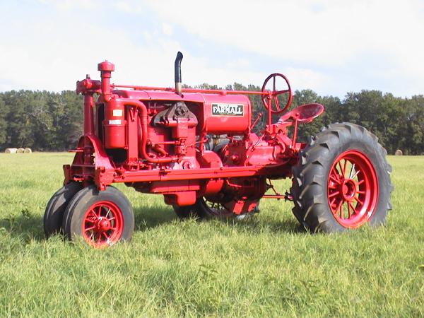 Farmall F 30 : Tractors